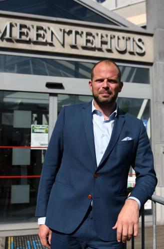 """INTERVIEW. """"Paarsgroen eindigt bont en blauw"""": Theo Francken (N-VA) over de regering-De Croo, zijn Lubbeek en ereburger Dixie Dansercoer"""