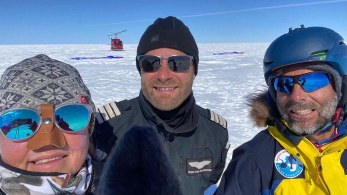 Dixie Dansercoer met zijn reisgezellen tijdens de laatste expeditie in Groenland.