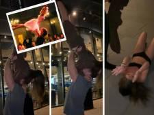 """Elle tente le porté de """"Dirty Dancing"""" et se retrouve à moitié nue sur le sol"""