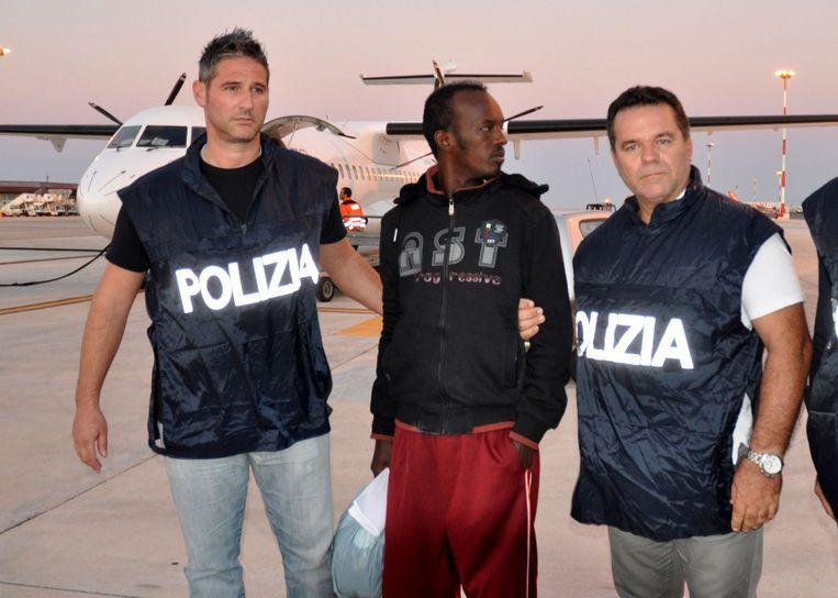 Mohamud Elmi Muhidin werd schuldig bevonden aan verkrachting van en geweld tegen de vluchtelingen die hij illegaal naar de Libische kust bracht. Beeld Kos