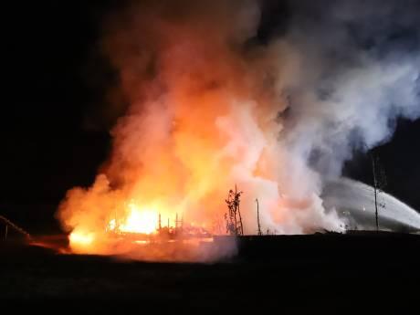 Chaletwoning in Kesteren gaat in vlammen op