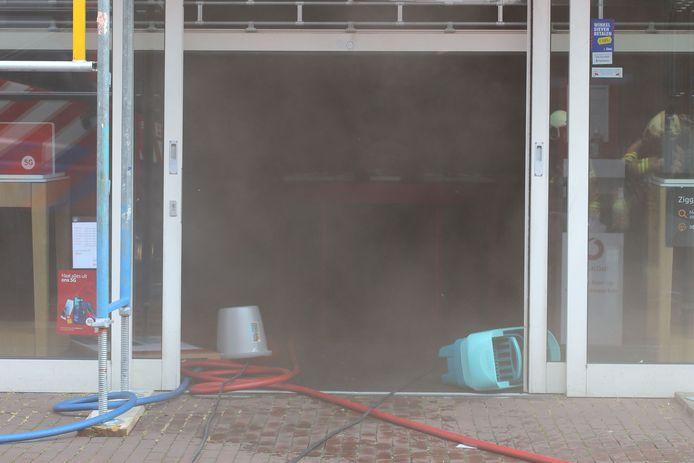 Brand in de winkel van Vodafone-Ziggo in Oss.
