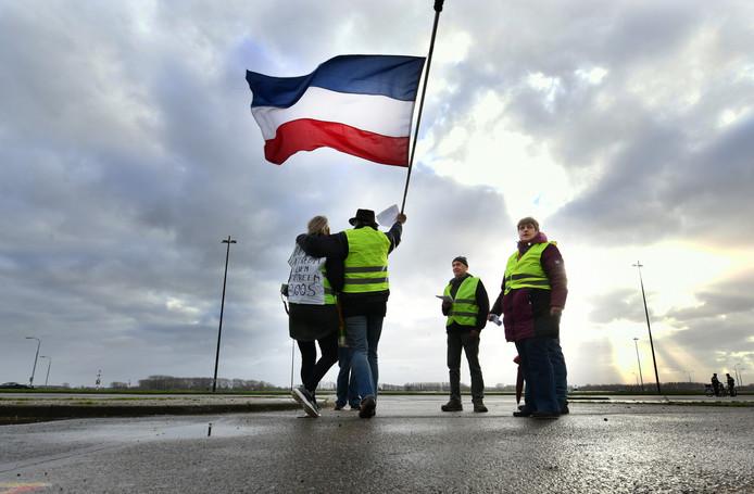 De Gele Hesjes-actie in december 2018 op de Waalkade in Tiel