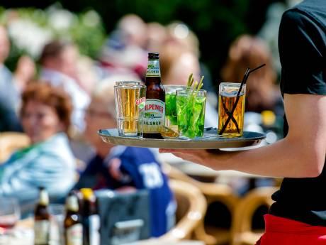 Cas kan fluiten naar groot terras, burgemeester trekt vergunning voor café in Beekbergen weer in