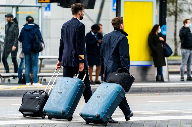Vliegtuigbemanningen krijgen het advies om zeker twee etmalen niet te vliegen nadat ze het coronavaccin hebben gekregen. Beeld Freek van den Bergh / de Volkskrant