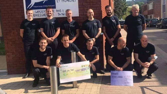 Brandweer Lokeren overhandigt cheque van 14.916 euro aan schooltje in Chaudfontaine