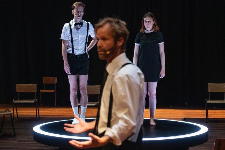 Danny Westerweel, Matijs Jansen en Verona Verbakel in 'Work Harder!' Beeld Fred Debrock