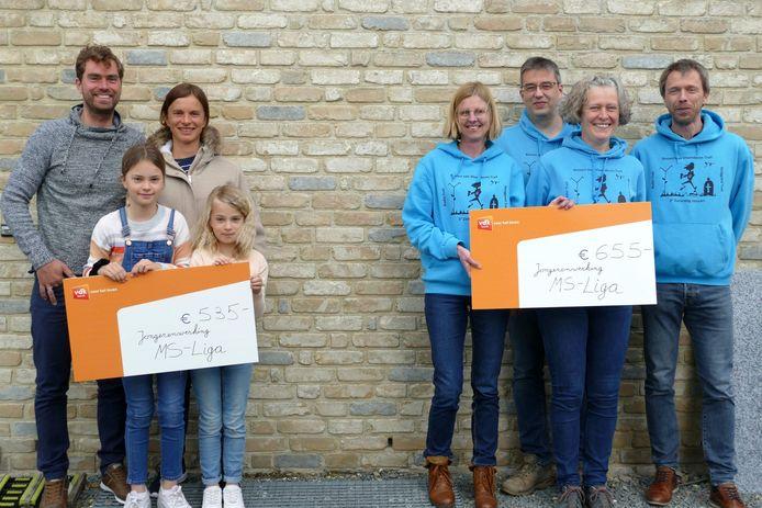 De familie Beuselinck-Bogaert verzamelde 535 euro voor de jongerenwerking van de MS-Liga.