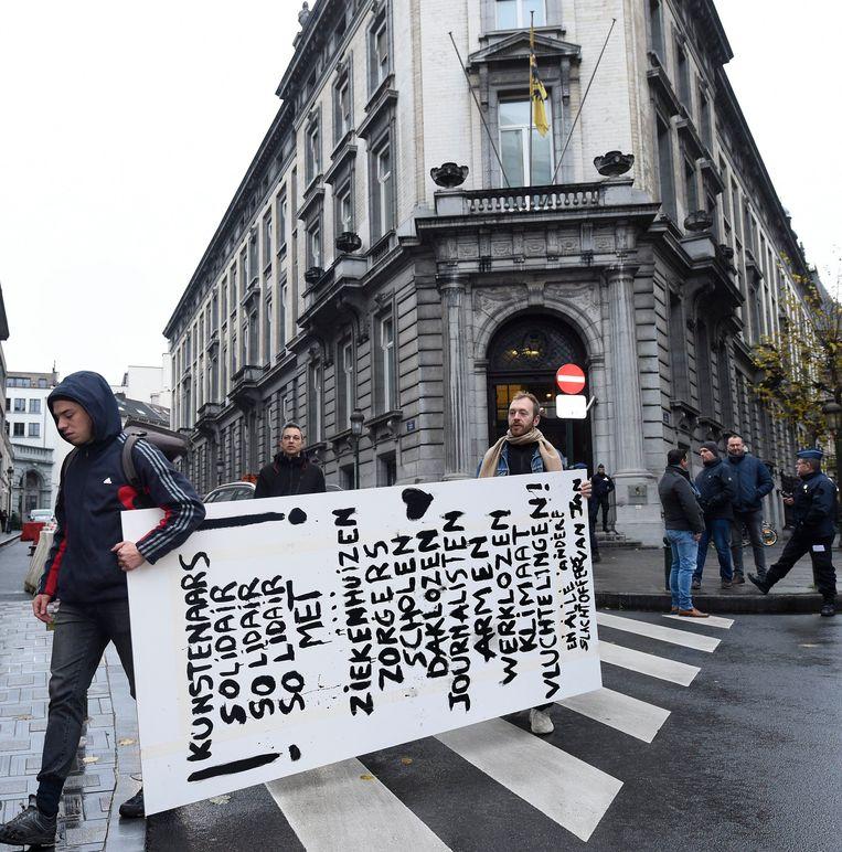 Bijna een week geleden ging de Vlaamse cultuursector al protesteren aan het Vlaams Parlement. In de eerste week van december staan nieuwe acties gepland.  Beeld Photo News