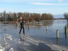 Schaatsen over de snelfietsroute: in Wageningen kon het