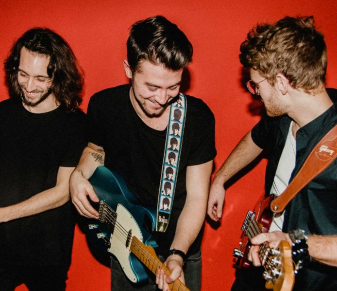 De mannen van Crooked Steps spelen dit weekend in Zevendonk.