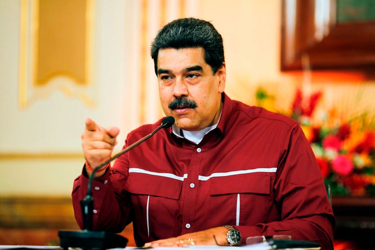 President Nicolás Maduro. Sinds de VS hem vorig jaar beschuldigden van verkiezingsfraude en zware sancties oplegden, is de oliesector helemaal gekelderd. Beeld AFP