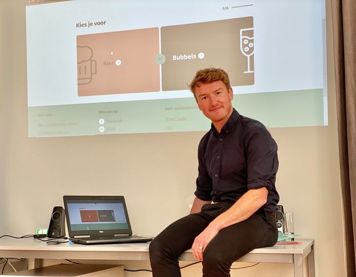 Schepen Bram Van Braeckevelt testte de nieuwe 'Lovedown'-tool meteen zelf uit bij de lancering.