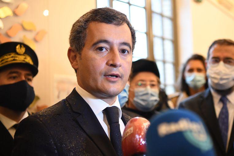 De Franse minister van Binnenlandse Zaken Gérald Darmanin tijdens zijn bezoek aan de synagoge van Boulogne-Billancourt, nabij Parijs. Beeld AFP