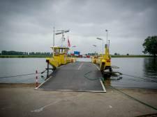 Recreatieve fietsers niet langer welkom op ponten over Maas na aanhoudend ophopen: 'Ze trekken zich nergens iets van aan'