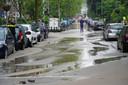 Grote wateroverlast als gevolg van leidingbreuk aan de Schielaan