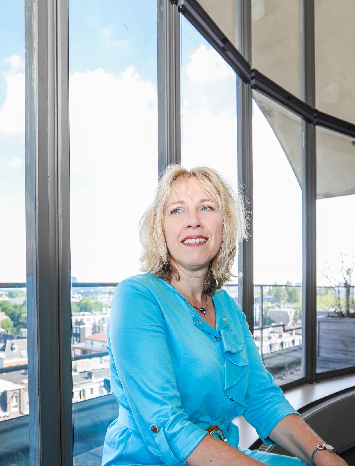 Na ruim zes jaar bij de GGD Amsterdam wordt Yvonne van Duijnhoven in september directeur van GGD Rotterdam-Rijnmond. Beeld Eva Plevier
