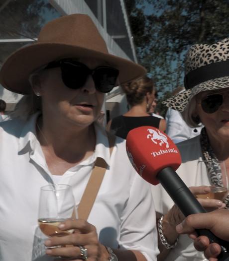Polo en bier geven plezier op Erve Holzik in Enschede