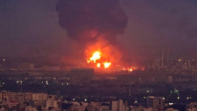 Enorme brand in Iraanse olieraffinaderij