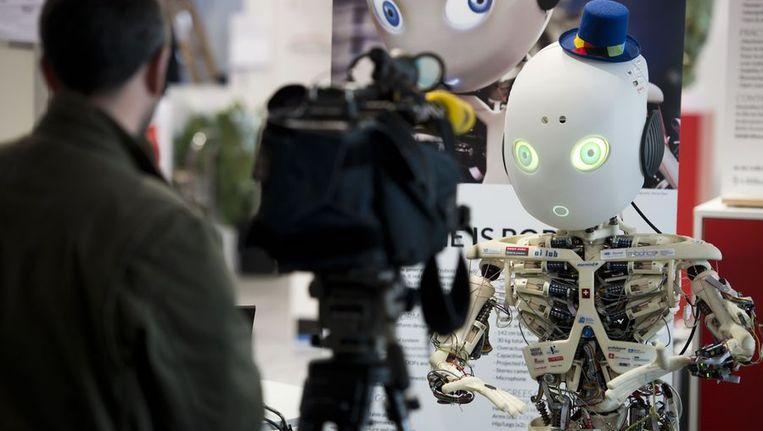 Een robot die werd ontwikkeld door het Artificial Intelligence Laboratory in Zurich. Beeld afp