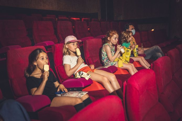 """Sinds de heropening zes weken geleden kreeg de Sphinx in Gent al 10.000 bezoekers over de vloer. """"Onze cinema draait goed"""", benadrukt zaakvoerder Patrick Deboes."""