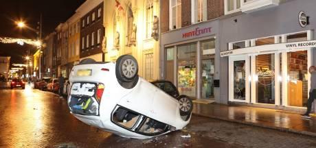 Bureau Brabant toont achttien verdachten van rellen in Den Bosch herkenbaar in beeld