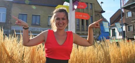 Maud Vanhauwaert neemt afscheid van stadsdichterschap