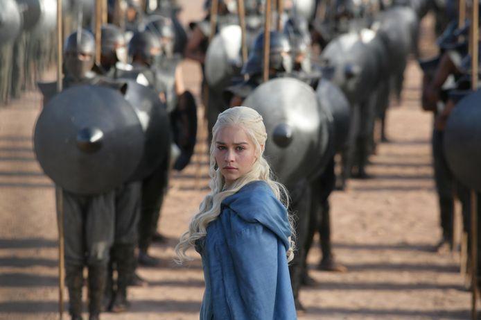 """Emilia Clarke dans le rôle de Daenerys Targaryen dans la série """"Game of Thrones""""."""