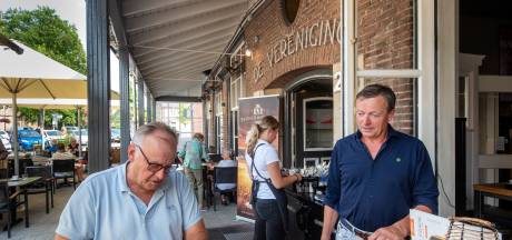 Horeca-ondernemers in Lingewaard en Overbetuwe zetten terrassen niet uit. 'We kunnen de boete van 4000 euro niet riskeren'