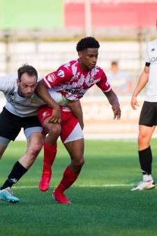Agrafiotis maakt rentree met treffer; FC Dordrecht wint dit keer wél oefenwedstrijd van ASWH