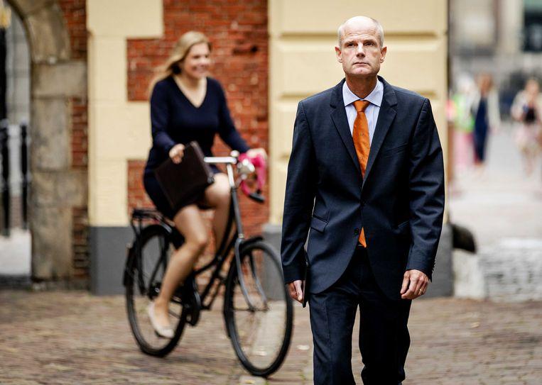 2018-08-29 10:56:23 DEN HAAG - Minister Stef Blok van Buitenlandse Zaken (VVD) komt aan op het Binnenhof voor aanvang van de begrotingsraad. ANP ROBIN VAN LONKHUIJSEN Beeld ANP