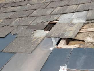Arbeider valt door dak en verwondt meisje