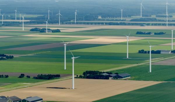Nationale Energieverkenning: steek geld in windparken, niet in CO2-opslag