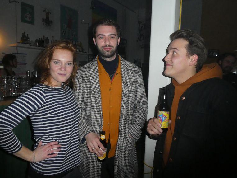 Leone Vriese (Vice), filmmaker Marijn van Leeuwen en vormgever Max Rouing: 'Ik verwachtte een arthousefilm, maar zag Snoop Dogg die zichzelf speelt. Leuke combi.' Beeld Hans van der Beek