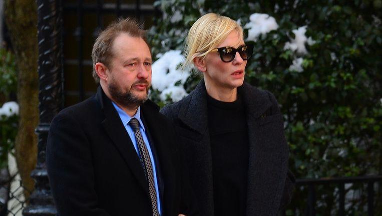 Actrice Cate Blanchett met haar man. Beeld AFP