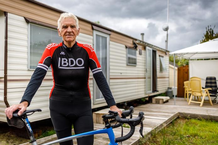Oud-ondernemer Henk Glaudemans in wieleroutfit: ,,Zoals de mensen me kennen.''