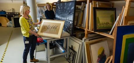 Kampen doet meer dan helft van kunstcollectie weg