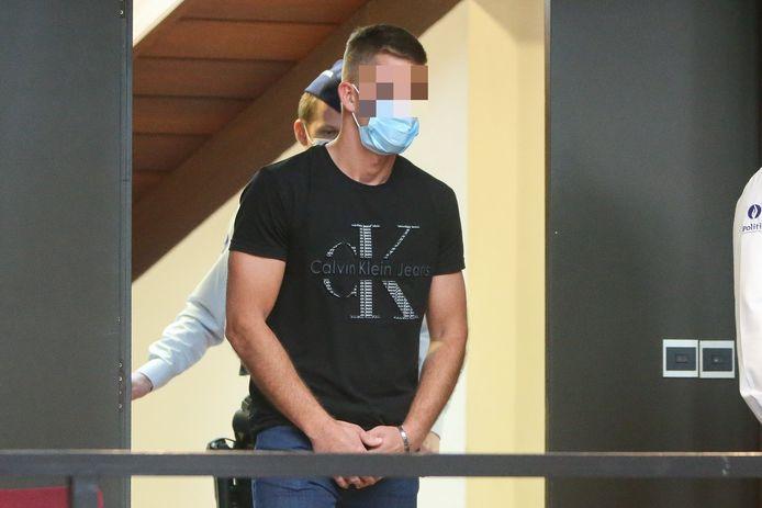 Tommy Jonckheere staat in het Brugse assisenhof  terecht voor doodslag op z'n beste vriend Will Deweert.