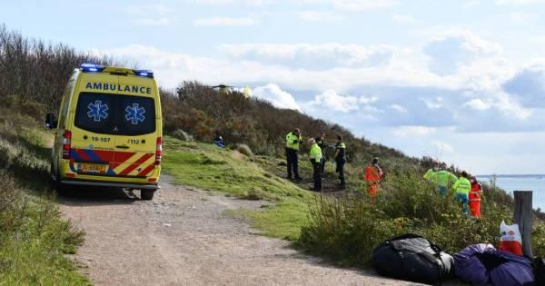Paraglider overleden bij ongeval in duinen Zoutelande.