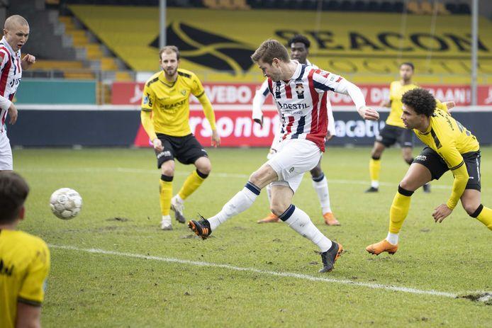 Jan-Arie van der Heijden maakt de 0-1.