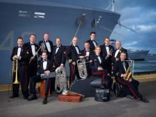 Marinierskapel luistert jubileum muziekvereniging Volharding op
