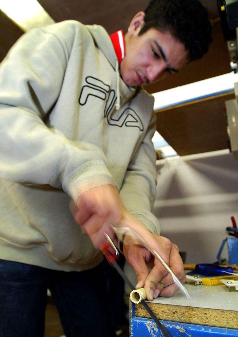 De afgelopen jaren waren technici met een vmbo-opleiding erg populair op de arbeidsmarkt. Er was een groot tekort aan elektrotechnici, metaalbewerkers, installateurs en automonteurs. Foto ANP/Jasper Juinen Beeld