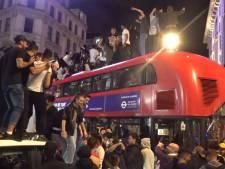 Les supporters anglais déchaînés à Londres après la victoire de l'Angleterre