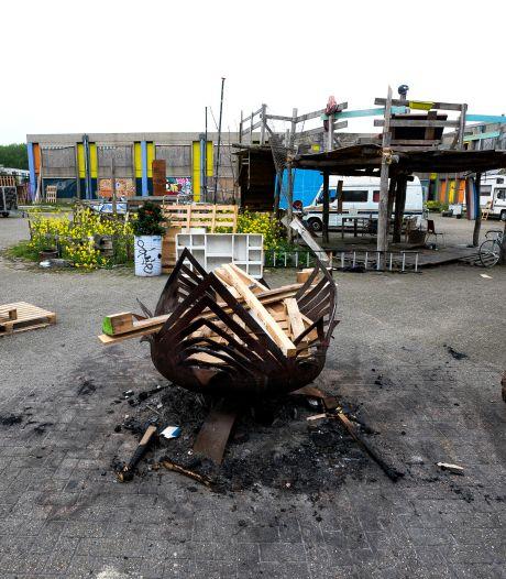 Krakersbolwerk in Utrecht, maar voor hoe lang nog? Studenten rammelen aan de poort van sloophout