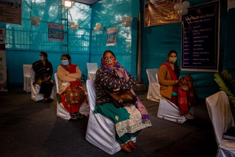 Een vaccinproef in New Delhi, India, begin januari. Beeld AP