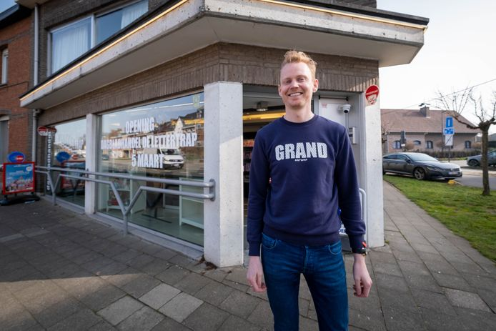 Joël Verbeeck opent Dagbladhandel De Lettertrap