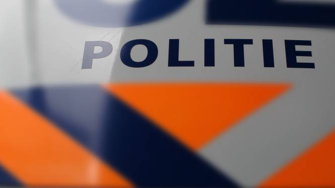 Ketting en oorbel losgerukt bij woningoverval in Tilburg