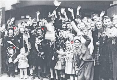 Tom Giesbergen herkent zichzelf en familieleden op Bredase bevrijdingsfoto: 'De laatste foto van mijn moeder'
