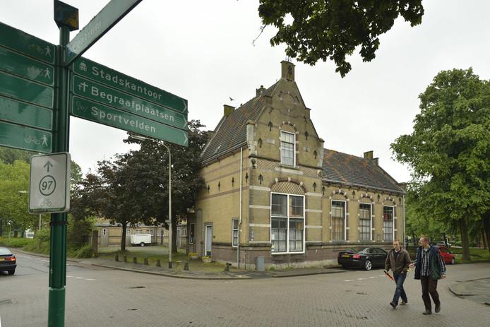 Het vroegere schoolgebouw aan de Kapellestraat in Oudewater.