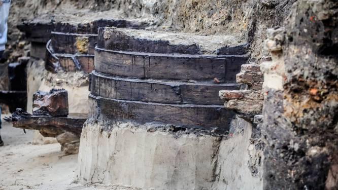 Weer archeologische vondst onder de grond in Brugge: dit keer verfkuipen gevonden die dateren uit 13de eeuw
